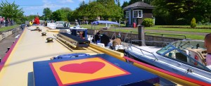 Shepperton lock