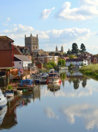 Tewkesbury - end of The Avon
