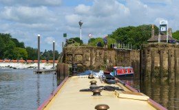 arriving at Naburn Lock