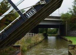 lift bridge by M40